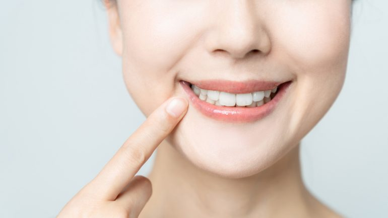 重度歯周病の場合でも極力抜歯しない